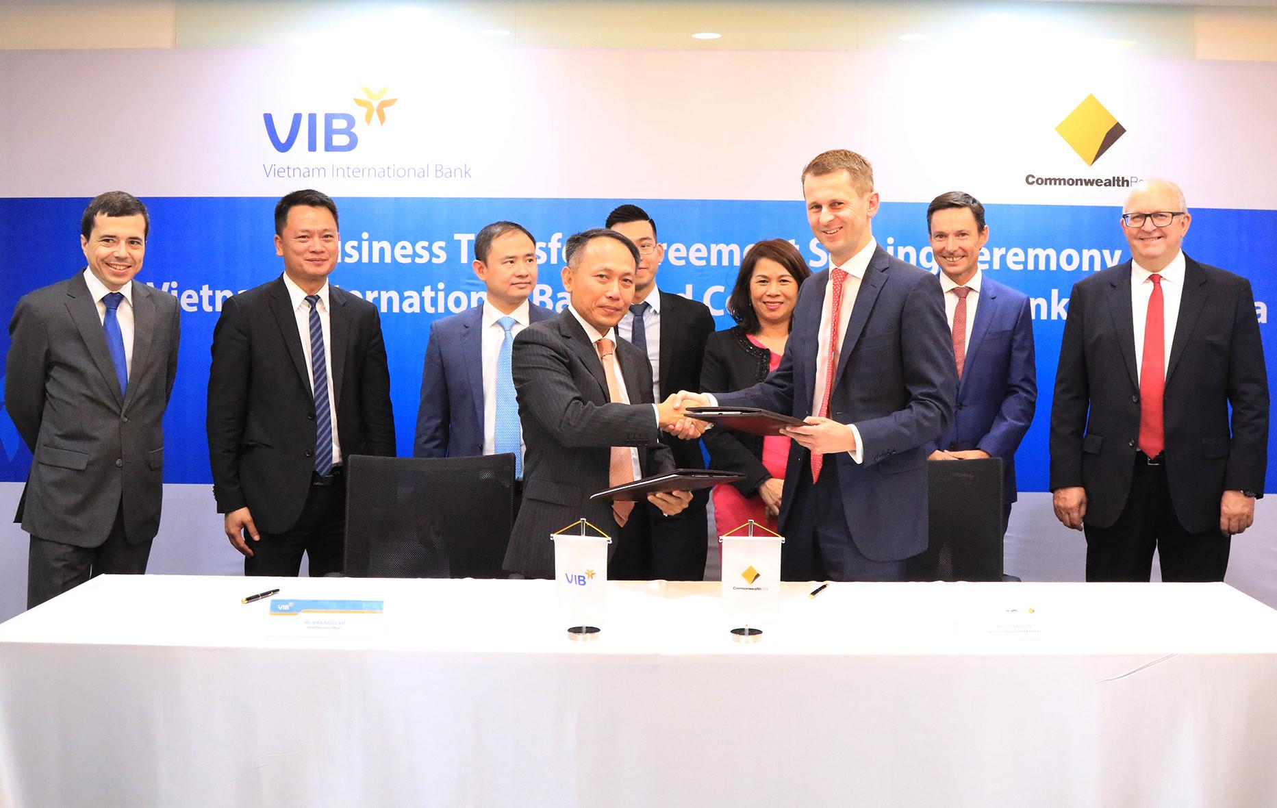 Kết quả hình ảnh cho Commonwealth Bank of Australia (CBA) bị VIB mua lại.