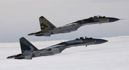 So luong dat hang chien dau co Su-35 cua Nga tang manh - Anh 1