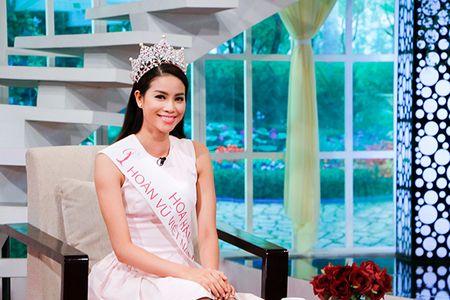 Hoa hau Pham Huong chuan bi hoc thac si - Anh 1