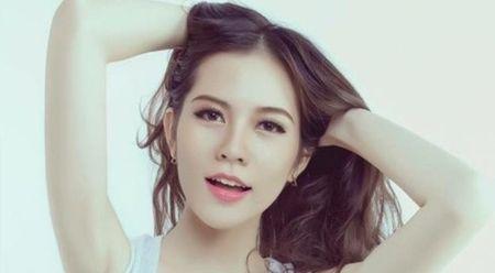 Nguoi dep sinh vien su pham eo thon dang khoe - Anh 1