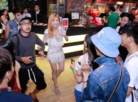 Trang Phap quan quit khong roi hot boy Han Quoc - Anh 8