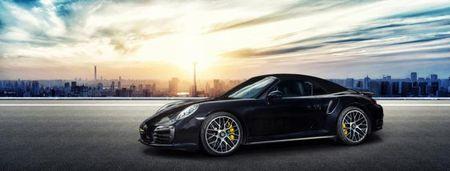La mat voi Porsche 911 Turbo S Cabriolet phien ban do - Anh 1