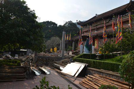 Can canh cong trinh trai phep trong khu di tich Yen Tu - Anh 3