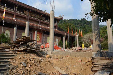 Can canh cong trinh trai phep trong khu di tich Yen Tu - Anh 4