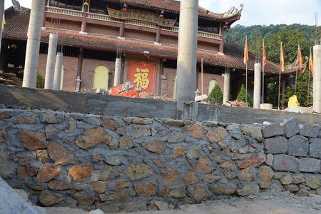 Can canh cong trinh trai phep trong khu di tich Yen Tu - Anh 9