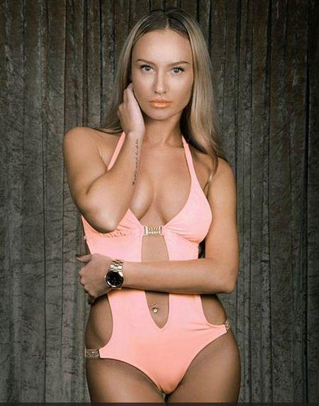 25 co gai xinh dep canh tranh ngoi Hoa hau Bikini - Anh 2