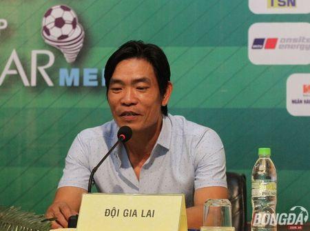 """U21 Gia Lai thua do mat san xau qua"" - Anh 2"