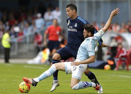 Ronaldo no sung, Real thang de 10 nguoi Celta Vigo - Anh 1