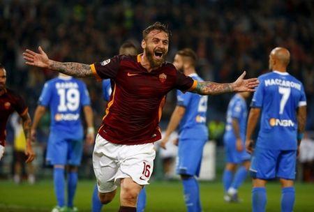 AS Roma lam nguy truoc tran chien voi Fiorentina - Anh 1