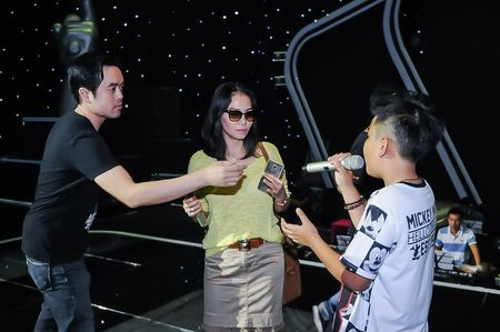 Giong hat Viet nhi 2015: Thu Minh, My Tam tich cuc luyen tap cho cac thi sinh nhi - Anh 9