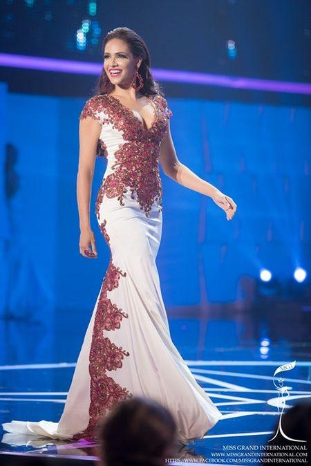 Le Quyen hoi hop cho ket qua top 20 Miss Grand International 2015 - Anh 14