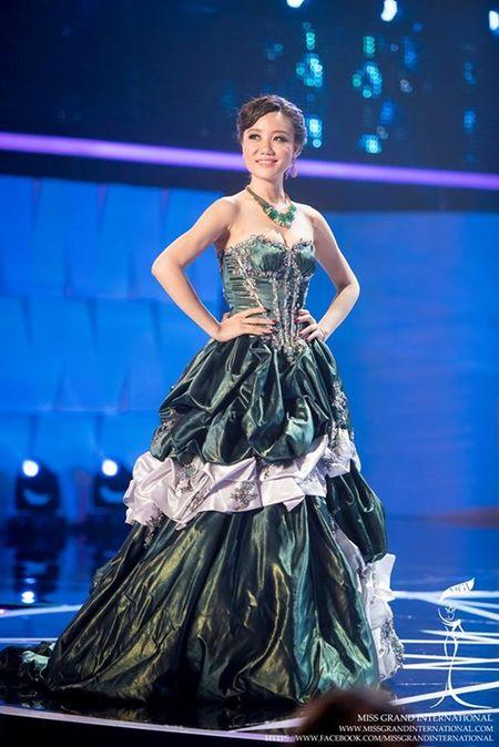 Le Quyen hoi hop cho ket qua top 20 Miss Grand International 2015 - Anh 9