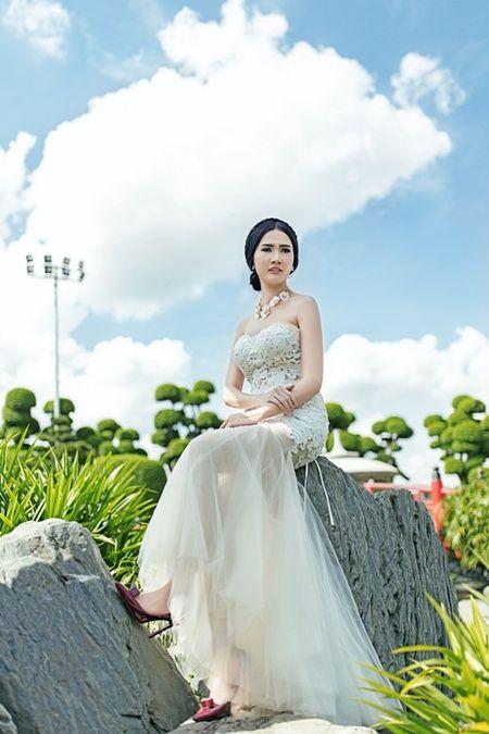 Phan Thi Mo u buon khi phai lam co dau mot minh - Anh 4