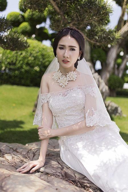 Phan Thi Mo u buon khi phai lam co dau mot minh - Anh 8