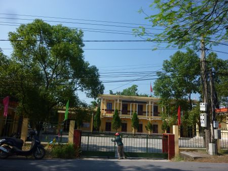 Quang Ninh: Phat hien mot chau be bi bo roi tai quan nuoc - Anh 1