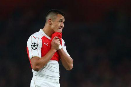 """Arsenal: Coi chung sau """"bay cao"""" la nga dau - Anh 3"""
