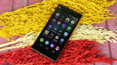 3 smartphone gia binh dan ho tro mang 4G kem phan cung 'mien che' - Anh 2