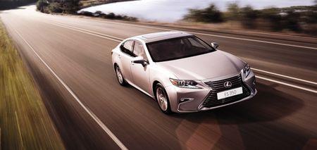 Lexus ES 350: Dinh cao cua su sang trong va tinh xao - Anh 1
