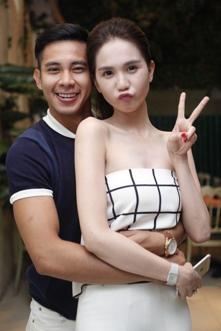 Ngoc Trinh om chat Luong Manh Hai - Anh 4