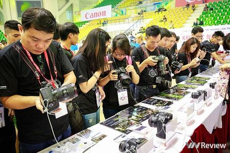 Soi dong cuoc thi Canon PhotoMarathon 2015 tai Ha Noi - Anh 3