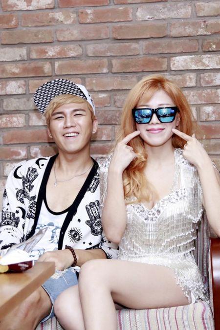 'Bo roi' Duong Khac Linh, Trang Phap di tour voi hotboy nguoi Han - Anh 8
