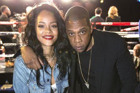 SOC: Rihanna tung la nguyen nhan khien Beyonce & Jay Z chia tay - Anh 2