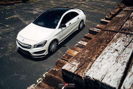 Mot cach do doc dao cho Mercedes-Benz CLA - Anh 1