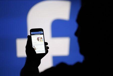 Facebook kiem them 240 ty USD trong mot ngay - Anh 1