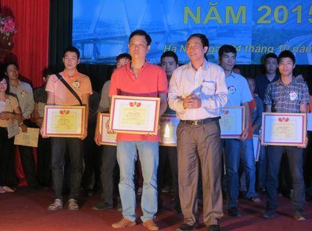 CNVCLD nganh GTVT Ha Noi can di dau trong chap hanh Luat Giao thong - Anh 2