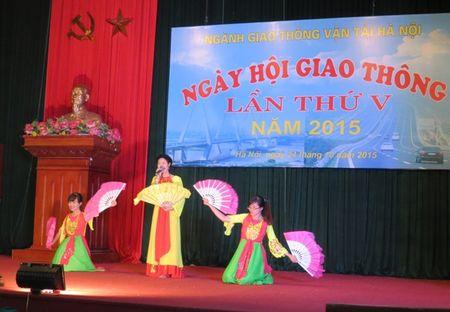 CNVCLD nganh GTVT Ha Noi can di dau trong chap hanh Luat Giao thong - Anh 5