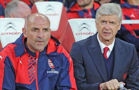 Cuu HLV Tottenham tien cu nguoi thay Wenger cho Arsenal - Anh 1
