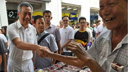 Thu tuong Ly Hien Long va chuyen 'cha truyen con noi' o Singapore - Anh 1