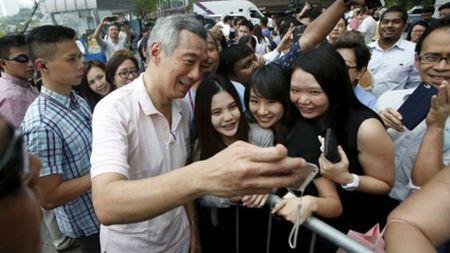 Thu tuong Ly Hien Long va chuyen 'cha truyen con noi' o Singapore - Anh 5
