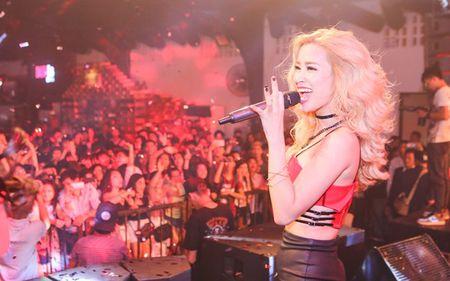 Ong Cao Thang dua don Dong Nhi chay show - Anh 7