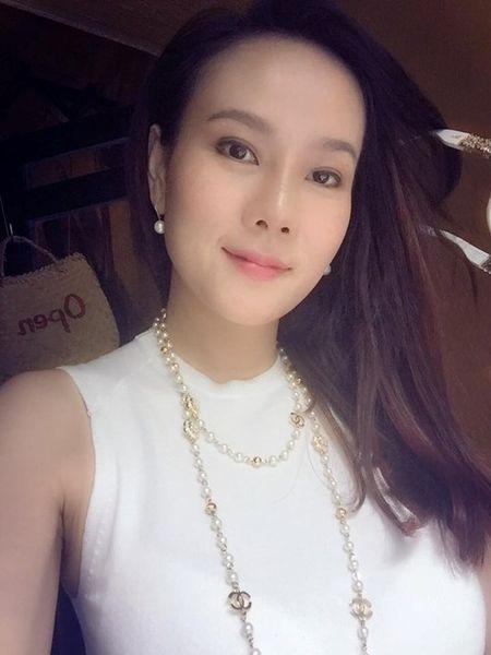 Hanh trinh thay doi nhan sac cua Duong Yen Ngoc sau 15 nam - Anh 10