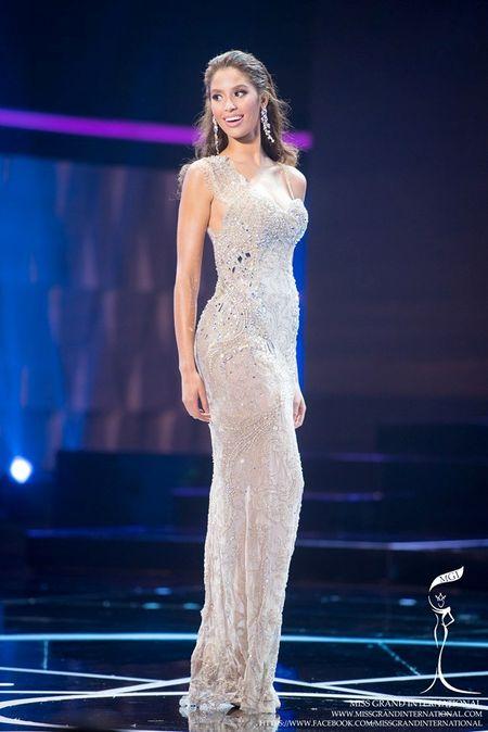 Dam da hoi cua Le Quyen ghi diem o Miss Grand International - Anh 10