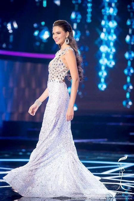 Dam da hoi cua Le Quyen ghi diem o Miss Grand International - Anh 9