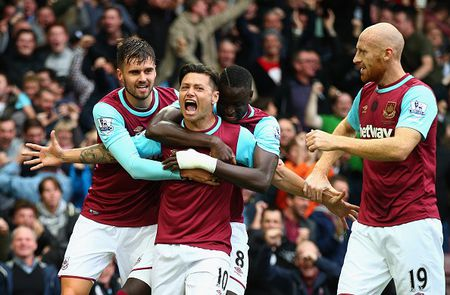 West Ham 1-0 Chelsea (HT): Matic nhan the do - Anh 4