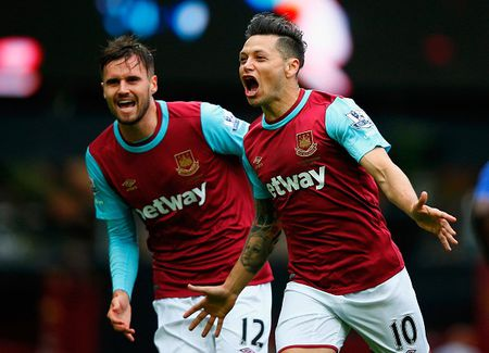 West Ham 1-0 Chelsea (HT): Matic nhan the do - Anh 5