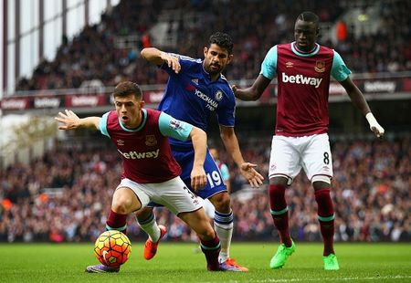 West Ham 1-0 Chelsea (HT): Matic nhan the do - Anh 6
