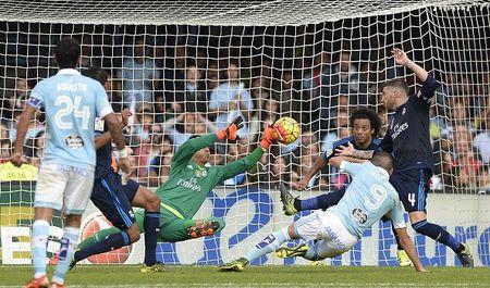 Celta Vigo 0-2 Real (H2): Marcelo pha bong tren vach voi - Anh 3