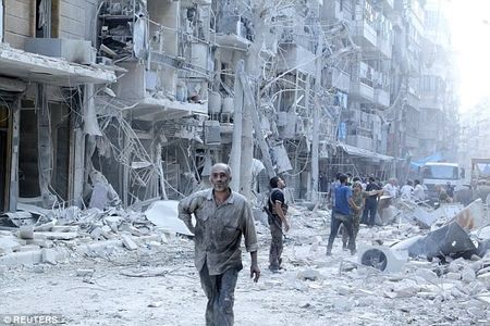 Lanh dao al-Qaeda o Syria thiet mang - Anh 2