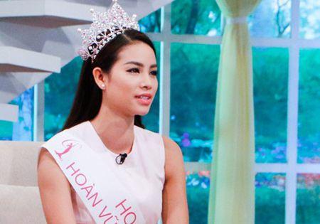 Hoa hau Pham Huong tu nhan ve diem yeu va loi song chanh choe - Anh 3