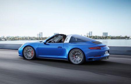 "Porsche ""chap them canh"" cho sieu xe 911 - Anh 4"