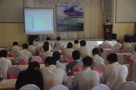 Hoi thao vat lieu bao tri duong Ho Chi Minh - Anh 1