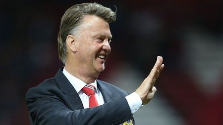 "HLV Van Gaal: ""Quy do duoi co Man City"" - Anh 1"