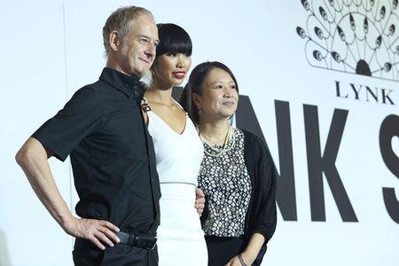 Ly Nha Ky cam on va tiet lo nhung dieu chua biet trong Lynk fashion show 2015 - Anh 7