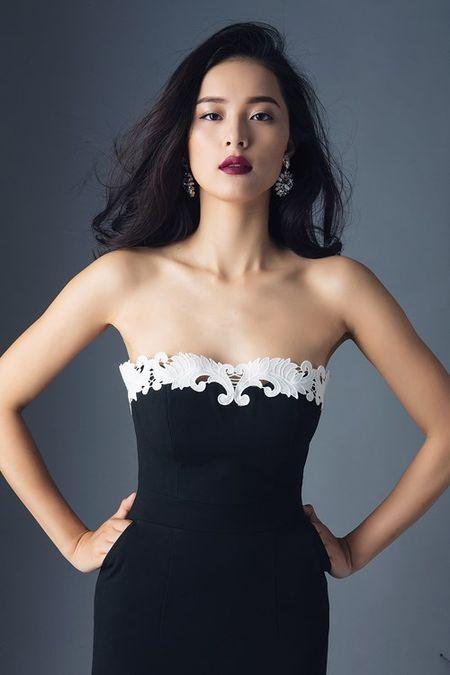 Tinh moi Cuong Dola khoe duong cong hoan hao voi vay ao sexy - Anh 2