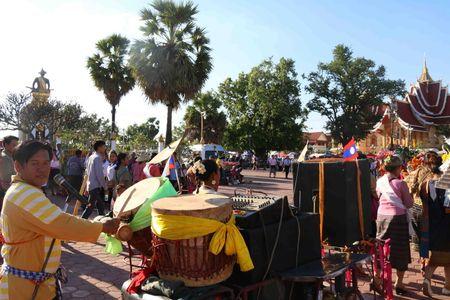 Dac sac Le ruoc thap Pha Sat Phong cua nhan dan Lao - Anh 10