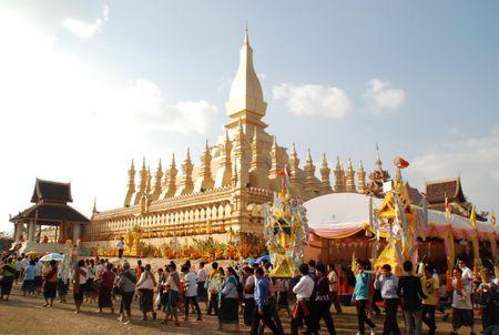 Dac sac Le ruoc thap Pha Sat Phong cua nhan dan Lao - Anh 12